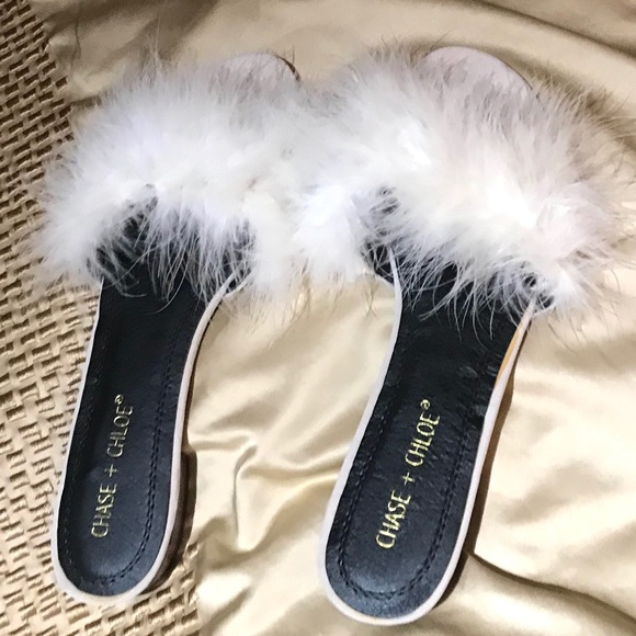 New Chase Chloe Faux Fur Sandals
